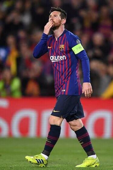 Sport: Lionel Messi, le sportif le mieux payé de la planète (Forbes)
