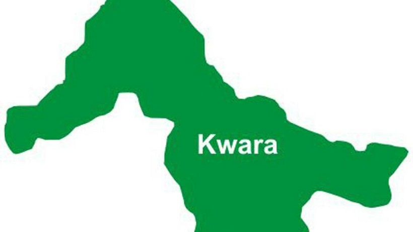 JUST IN: Angry Youths attacks Fulani Herdsmen, Destroy police station in Kwara {Watch Video}