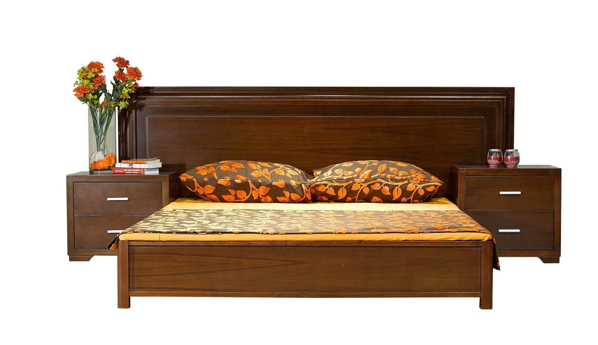 Queen Bedroom Furniture Set