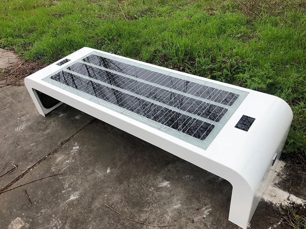 Solar bench wifi