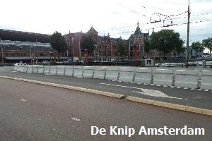 1. Barriers-Amsterdam-CS-1