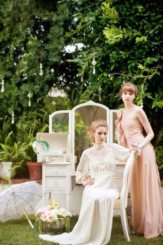 victorian-stylized-bridal-shoot-by-kim-le-photography-92