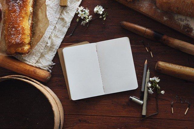 een dagboek is een van de rituelen die fijn zijn voor een hoogsensitief persoon.