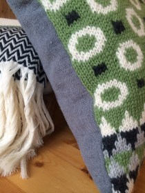 Muckle Pillow 22