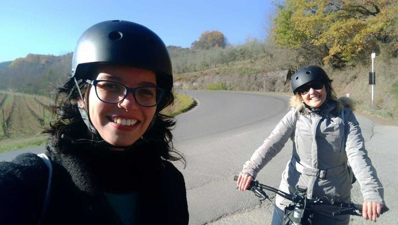 io e Silvia in bicicletta a Montepulciano