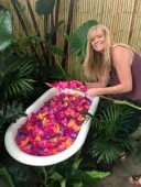flower tub photo shoot, photography studio rental, flower bath