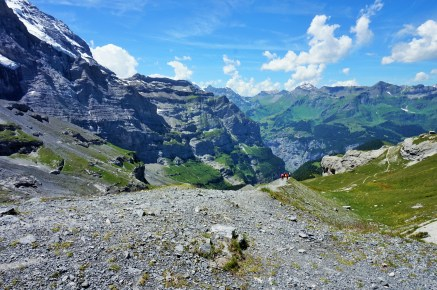 The trail to Eigergletscher
