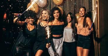 5 ideas para fiestas de fin de año que puedes organizar con tus amigos