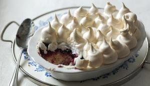 "Conheça a sobremesa britânica ""Queen of Puddings"""