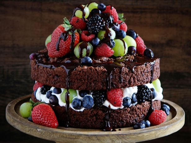 fnd_naked-chocolate-cake-i-am-baker_s4x3.jpg.rend.sni18col