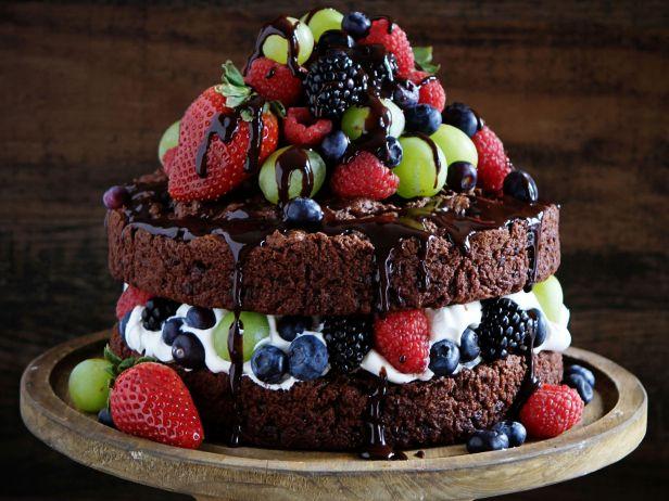 fnd_naked-chocolate-cake-i-am-baker_s4x3.jpg.rend.sni18col