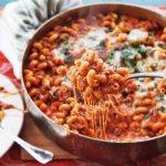 Como são os pratos americanos American Chop Suey e American Goulash