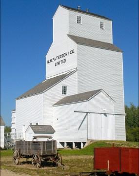 Patterson Grain Elevator - Inglis Grain Elevators National Historic Site