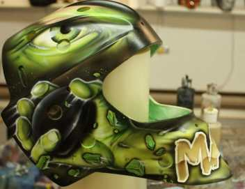 Goalie-Mask-Hulk-Tribute-David-Leroux-2