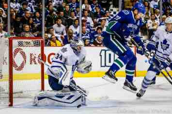 Night is never complete without a jumping D Sedin
