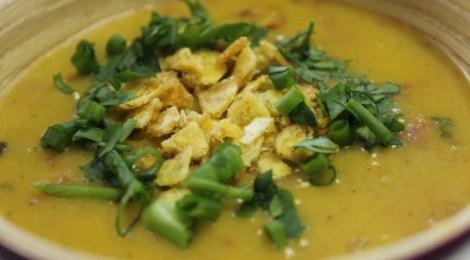 Sopa de Banana Verde