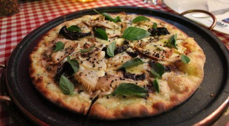 Pizza | Forno D' Barro e ingredientes frescos