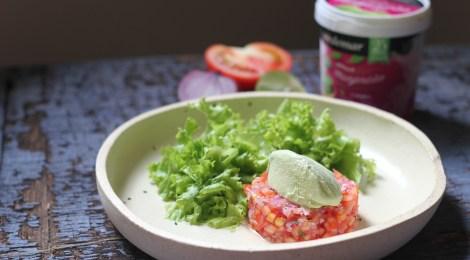 Receita Tartar de tomate com sorvete de manjericão