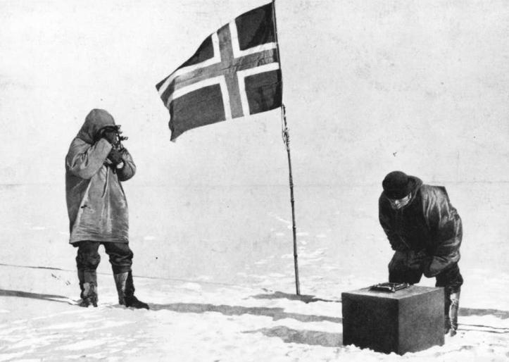 Amudesen_Norvegian_flag_SP