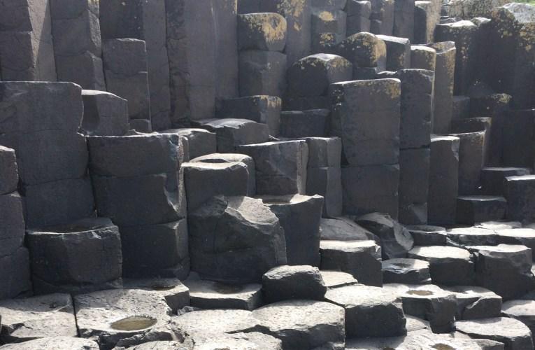 Frammenti di geologia: il Lastricato dei giganti