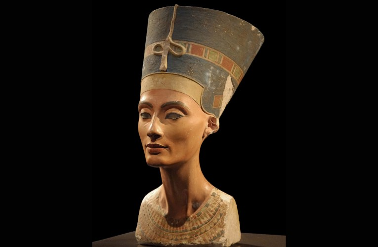 Una nuova camera sepolcrale si nasconde presso la tomba di Tutankhamon? Si torna a parlare di Nefertiti