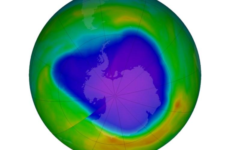 Come si è comportato l'ozono antartico nel 2020?