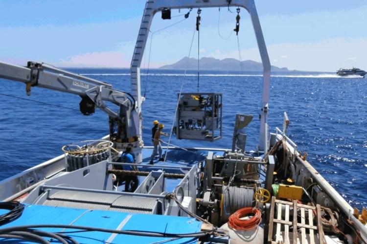 Cosa si nasconde nel mare del Golfo di Napoli?