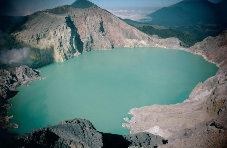 Il mondo dei laghi craterici
