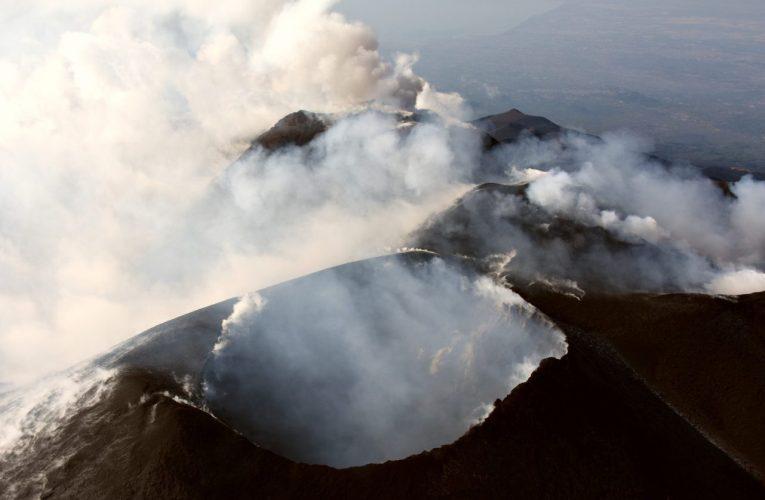 Sorvolo sull'Etna, 25 giugno 2020