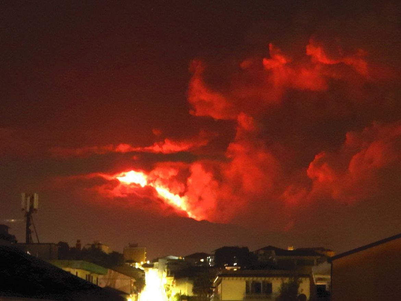 Etna 20210310 parossismo