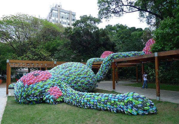 Flip flop monkey, Flip flops, art, sculptures, recyclable materials, pixel show, sao paolo, brazil, brazilian art