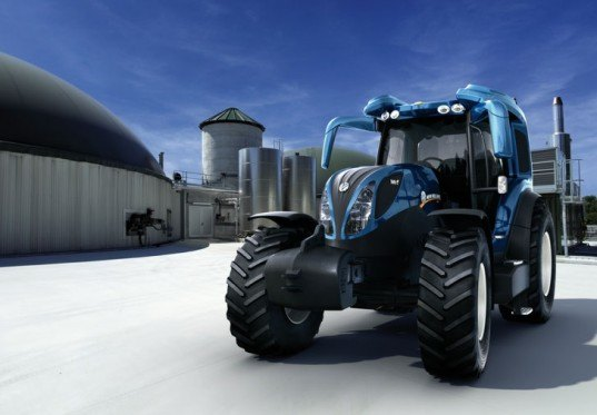 New Holland, NH2, hydrogen tractor, NH2 hydrogen tractor, New Holland tractor, New Holland hydrogen tractor, hydrogen fuel cell, alternative fuel, alternative energy tractor, zero emissions, green transportation, alternative transportation, green automotive design,