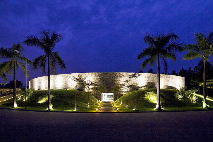 Vo Trong Nghias Gorgeous Dai Lai Resort Is Made From