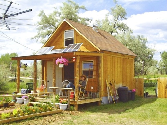 6 Eco Friendly DIY Homes Built for  20K or Less    Inhabitat   Green     Tiny House Family  LaMar Alexander  Derek Diedricksen  Macy Miller  Rural  Studios