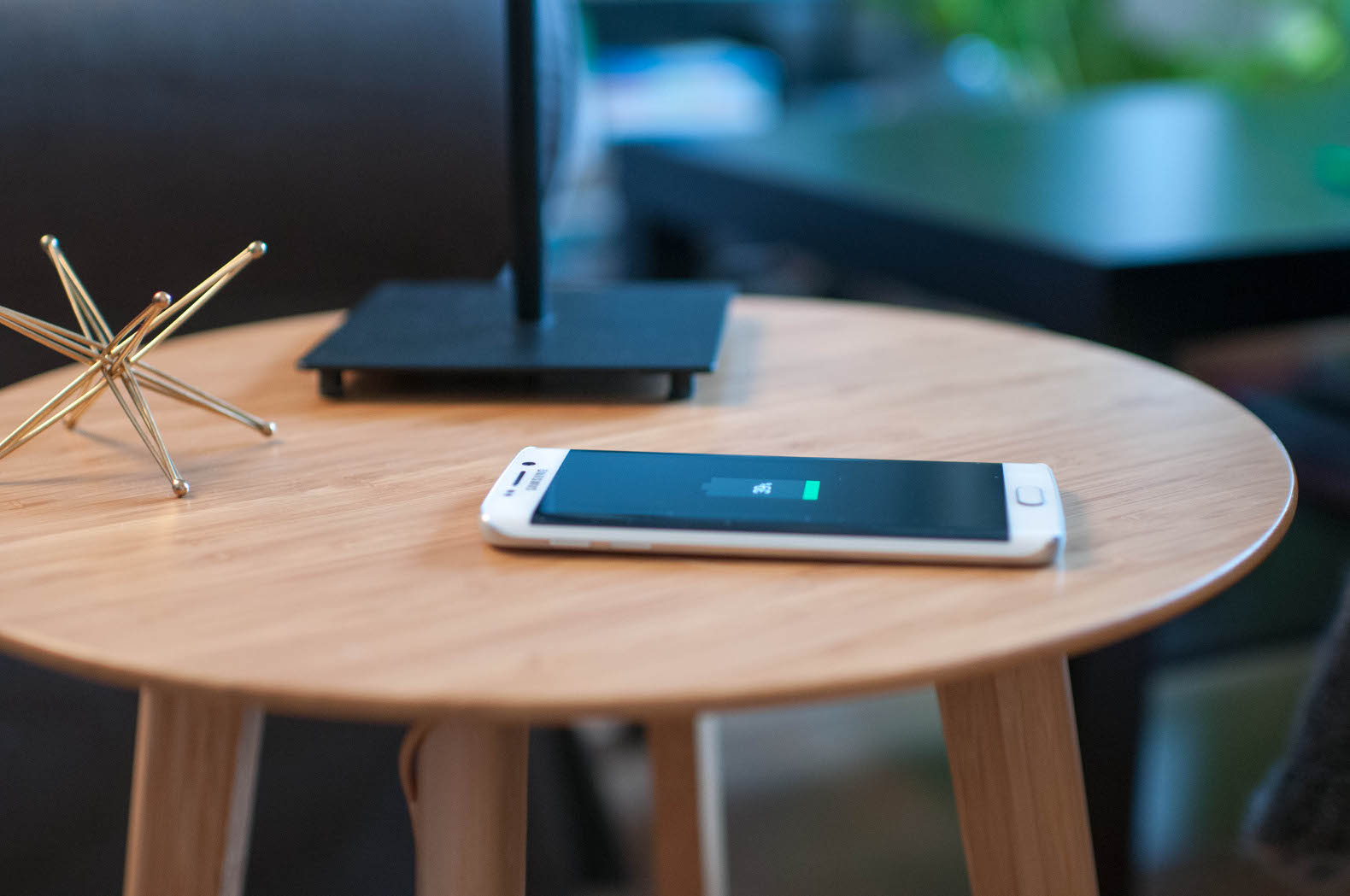 Furniqi S Stylish Furniture Will Wirelessly Charge Your