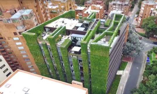 largest vertical garden The world's largest vertical garden blooms with 85,000