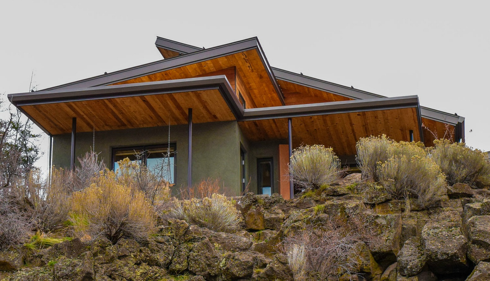 Best Kitchen Gallery: Oregon Couple Spends Years Building Their Zero 'extreme Green of Efficient Desert Home Designs on rachelxblog.com
