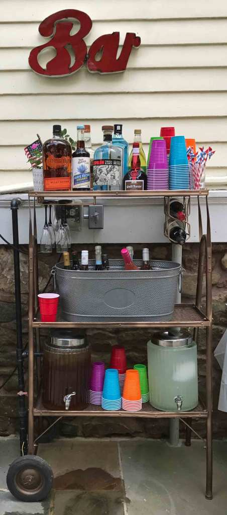 For teh Bar Cart 10 Tips for a Killer Outdoor Party. My DIY Bar Cart Whatever you do, make sure to have a place where folks can grab a cocktail or an iced tea, lemonade, etc., fast.