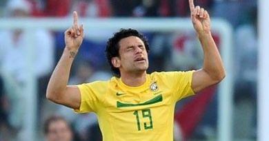 Atacante Fred, autor do gol salvador