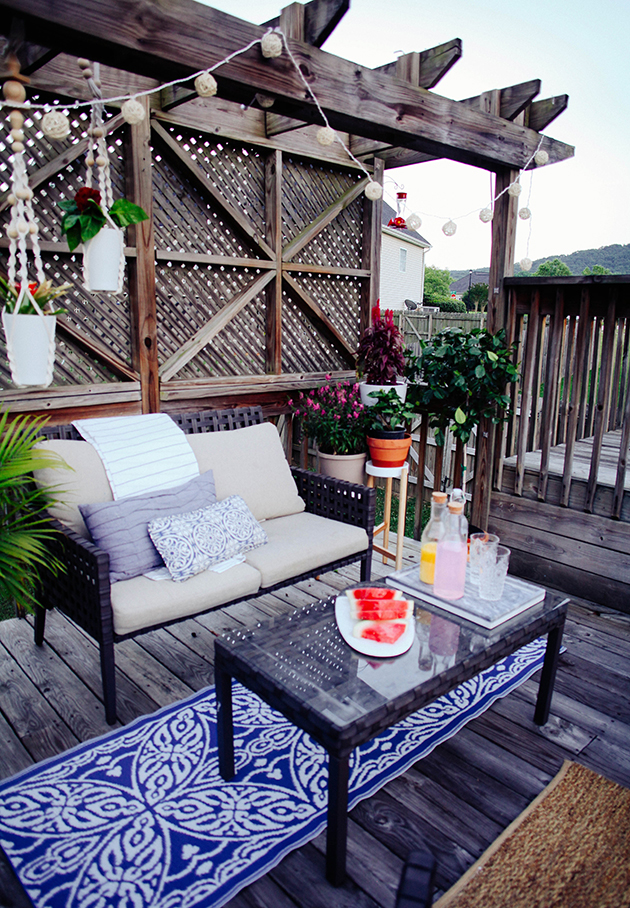 A budget friendly patio makeover | In Honor Of Design on Patio Makeovers On A Budget id=77012