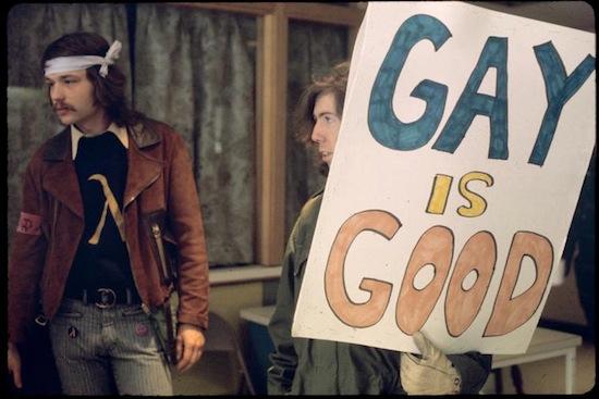 El Gay Activist Alliance Firehouse de 1971, foto de Diana Davies