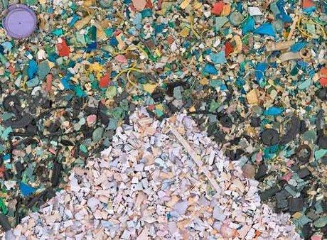 Obra Gran ola de Kanagawa de Chris Jordan
