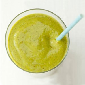 spring-salad-smoothie