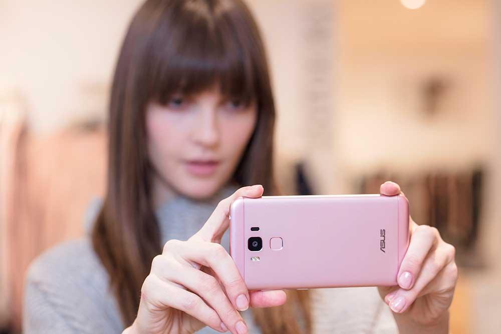 #GaAdaMatinya yakni ZenFone 3 Max ZC553KL warna Pink