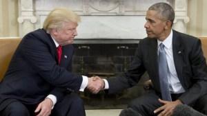 Foto: AFP Ketika batas toleransi sudah tak tertahankan lagi...Trump memutuskan tidak akan melihat, dia benar-benar tak sanggup menatapnya