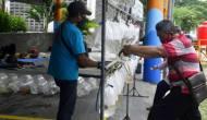 Permalink ke Pecah Kerumunan di Gunungsari, Pemkot Surabaya Hadirkan Pasar Ikan Hias di SIB