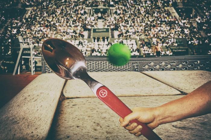 Match de tennis au petit pois sur terrain de pain de mie !