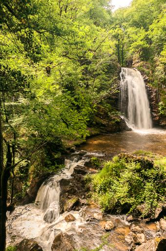 Photographie de cascades en pose longue