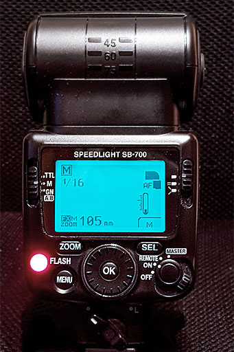 écran de pilotage du flash Nikon SB-700 en mode manuel