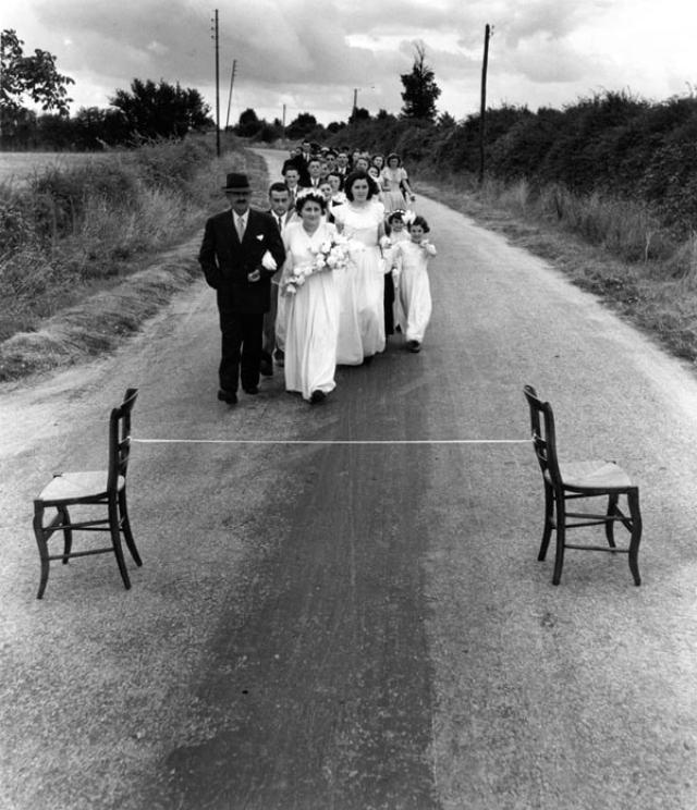 Le Ruban de la Mariée (1951) © Robert Doisneau